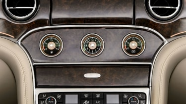Bentley-Hybrid-Concept-interior