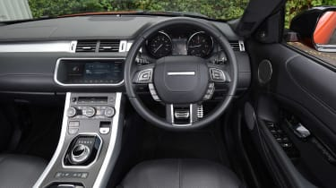 Range Rover Evoque Convertible - dash