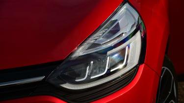 Renault Clio - front light detail