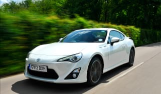 Toyota GT 86 front tracking
