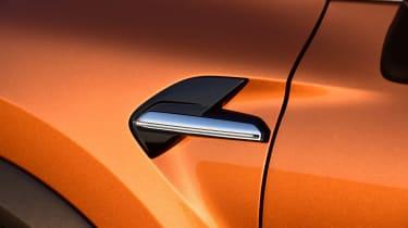Renault Captur - side detail