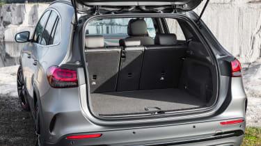 Mercedes GLA - boot