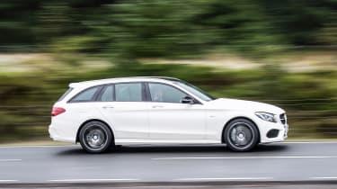 Mercedes-AMG C 43 Estate 2016 - side tracking