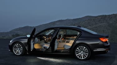New 2015 BMW 7-Series cabin lights