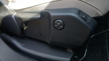 Vauxhall Grandland X - seat adjustment controls
