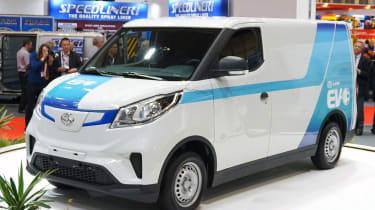 LDV EV30 - front/side