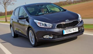 Kia Cee'd front tracking