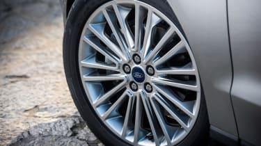 Ford S-MAX Titanium wheel