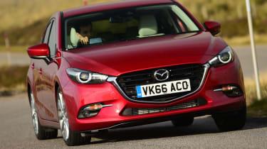 Mazda 3 2016 - front cornering