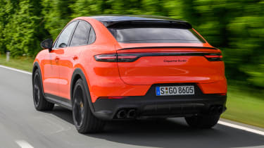 Porsche Cayenne Turbo Coupe - rear tracking