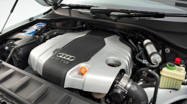 Used Audi Q7 - engine
