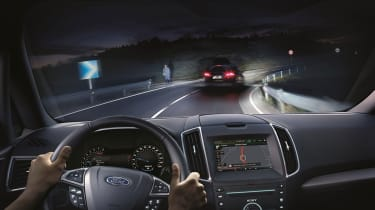 Ford Glare-Free Highbeam headlights prevent dazzle at night