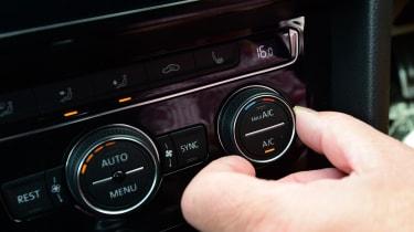 Volkswagen Arteon - dials