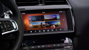 Jaguar F-Pace first drive - infotainment