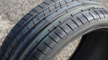 Dunlop SP Sport Maxx RT2