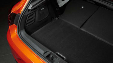Renault Clio - boot seats down
