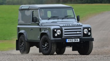 Land Rover Defender XTech front tracking