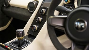 TVR Griffith - interior detail