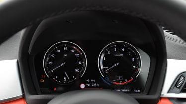 BMW X2 M35i - dials