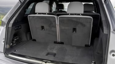Audi Q7- boot