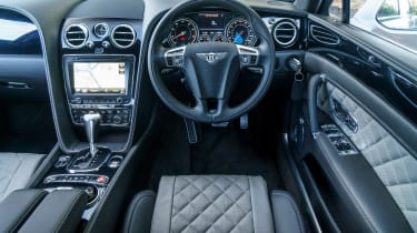 Bentley Flying Spur V8 S - dash