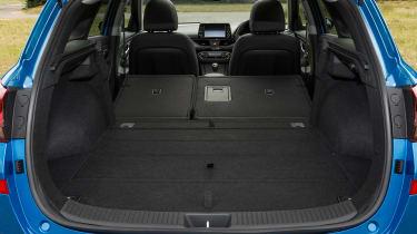 Hyundai i30 Tourer - boot seats down