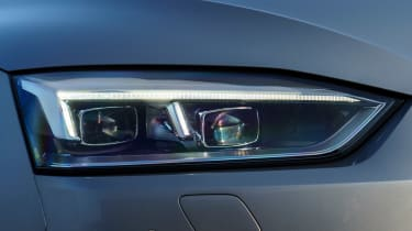 Audi A5 - front light