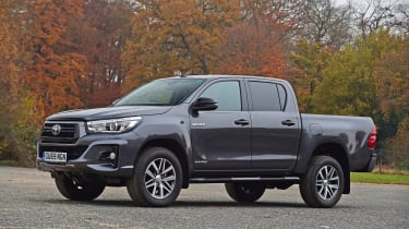 Toyota Hilux - front static