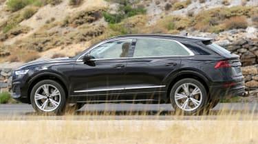 2018 Audi Q8 spy shot side profile