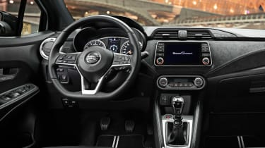 Nissan Micra N-Sport - dash