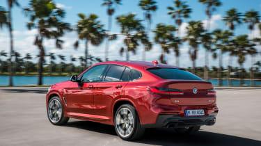 BMW X4 - rear cornering
