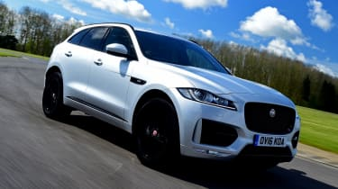 Jaguar F-Pace 2.0d R-Sport - front
