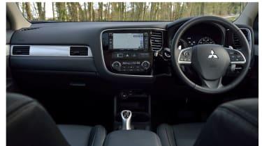 Mitsubishi Outlander PHEV 2014 interior