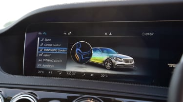 Mercedes S 560 e - infotainment