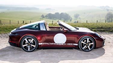 Porsche 911 Targa 4S Heritage Design Edition - side static