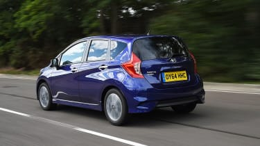 Nissan Note blue rear tracking