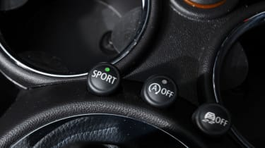 MINI Roadster details