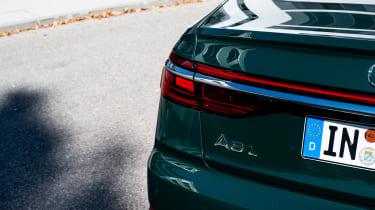 Audi A8 60 TFSI e - rear light