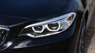 BMW M240i Convertible  lights
