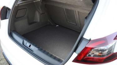 Peugeot 308  - boot