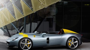 Ferrari Monza SP1 - side