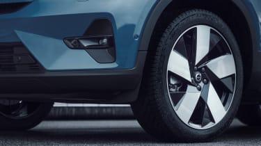 Volvo C40 Recharge - wheel