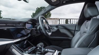 Audi Q8 - cabin