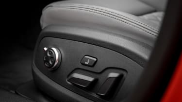 Audi S5 Sportback - seat controls