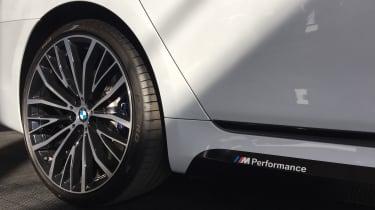 BMW M740e - wheel
