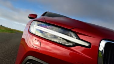 Volvo V60 D3 - front light