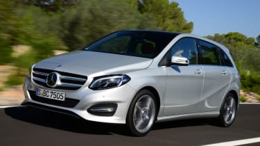 Mercedes B220 CDI 4MATIC Sport -front tracking