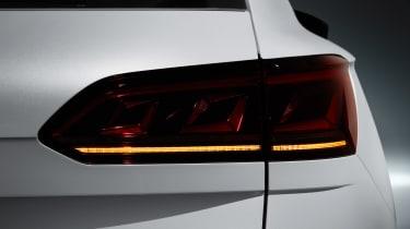 Volkswagen Touareg - rear light