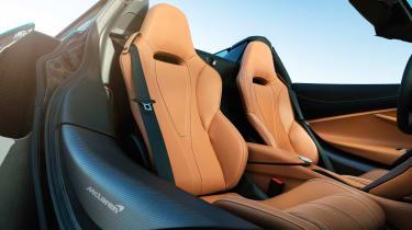 McLaren 720 Spider - seats
