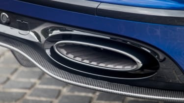 Bentley Continental Supersports 2017 - Moroccan Blue exhaust